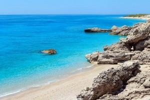 """""""Evening Standard"""": Drimadhe, ndër 30 plazhet më mahnitëse në Europë"""