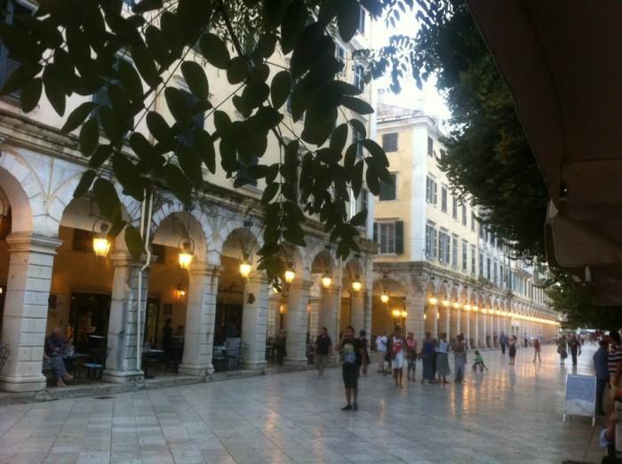 80% e vlerave të turizmit shqiptar humbet vetëm nga mungesa e shërbimit