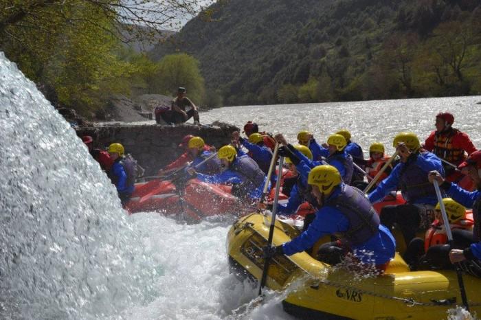 Rafting mania - aventurat na presin... në Vjosë